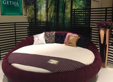 """Круглая кровать с матрасом из 100% натурального латекса """"Round Bed Purple"""""""